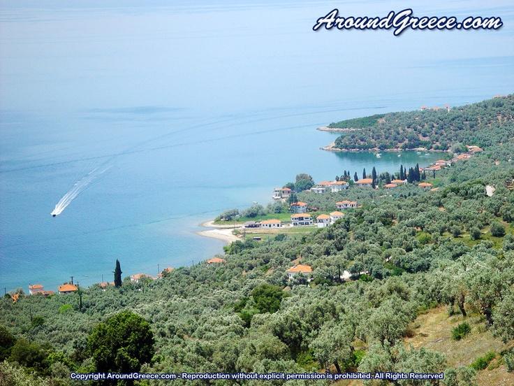 The beautiful hamlet of Kalamos  http://www.aroundpelion.com