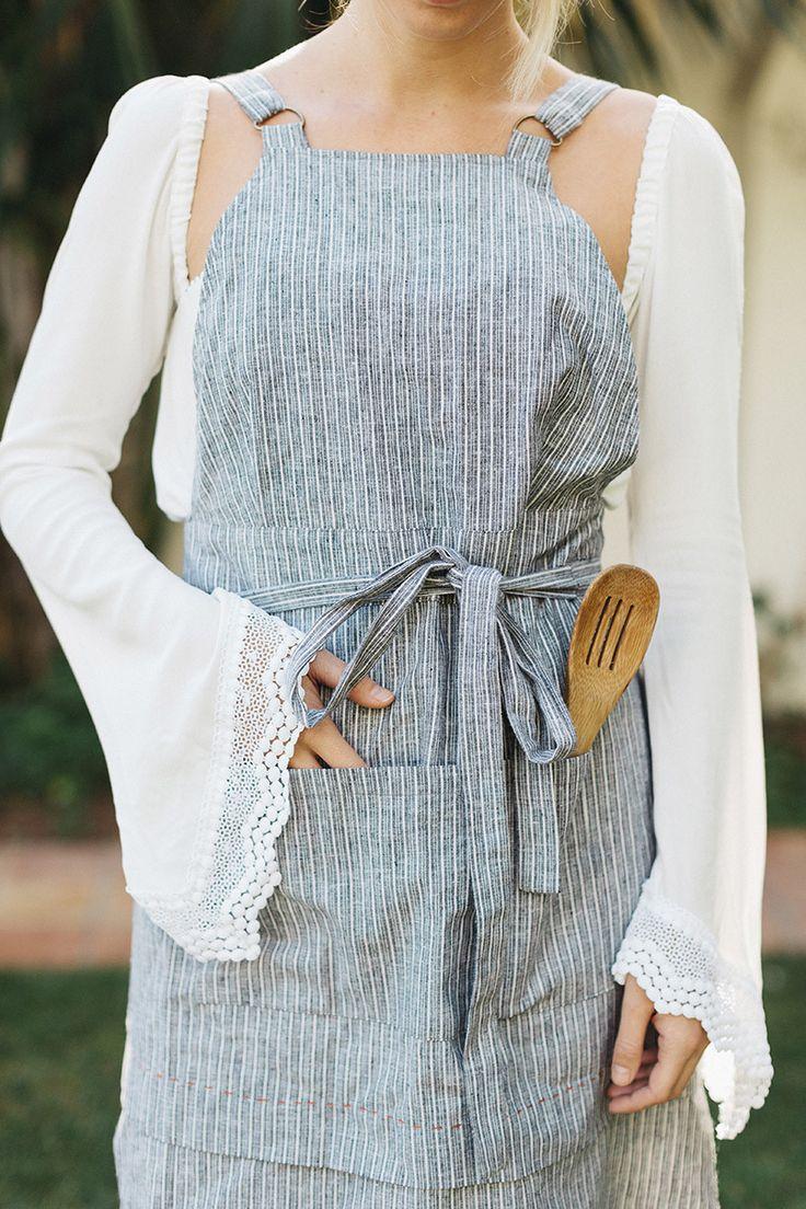 Masterchef apron (white) official merchandise - Sk X Scf Striped Linen Apron