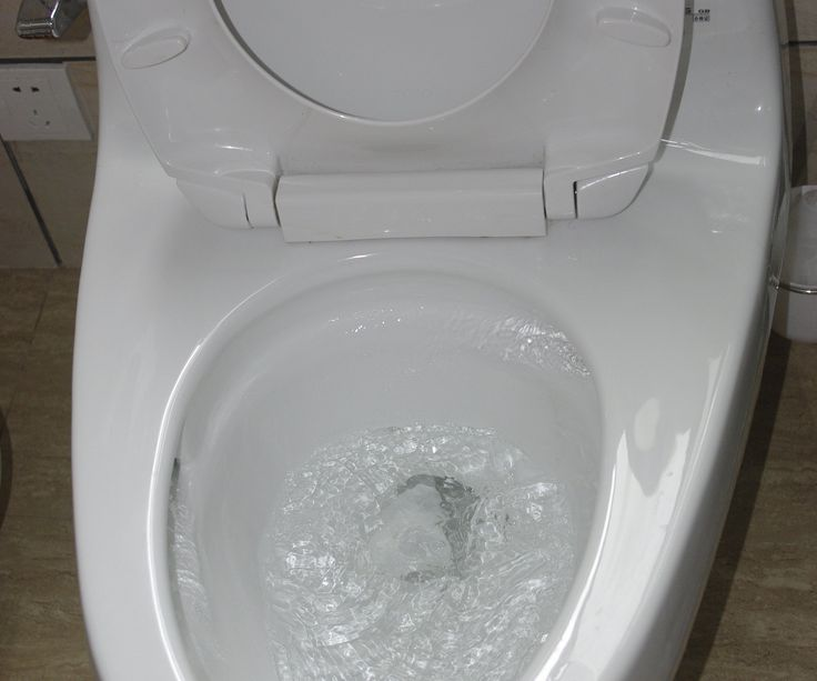 1000 ideas about clogged toilet on pinterest clean toilets dawn detergent and drain cleaner. Black Bedroom Furniture Sets. Home Design Ideas