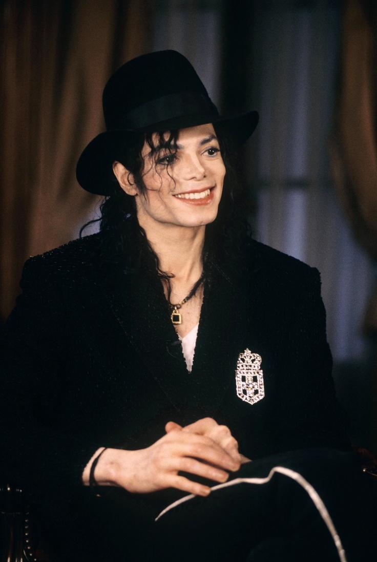 Interview 1997   Michael jackson smile, Michael jackson ...