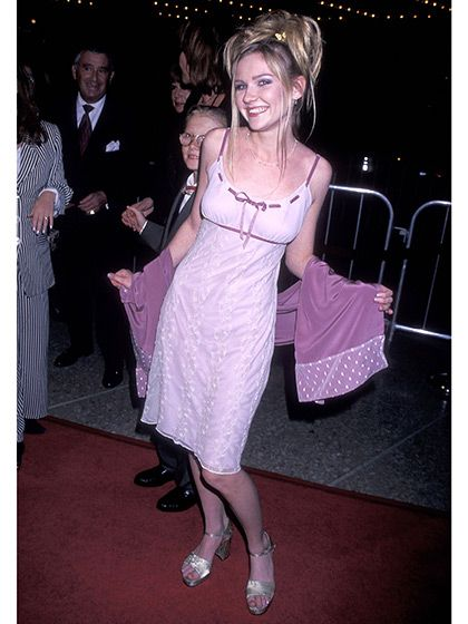 13 Fashion Trends From the Early 2000s That You Totally Wore: Unflattering Formal Dresses (pictured on Kirsten Dunst) | allure.com