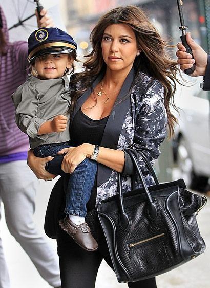 Kourtney Kardashian Schwangere Mode: Lieben Sie es oder lassen Sie es – Kardashians and Jenner's