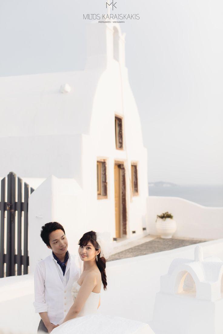 #santorini #greece #wedding #weddingphotography #weddingvideography #weddingphotographer #weddingvideographer #santorinivideographer #santoriniphotographer #weddingdestination #santoriniwedding #luxurywedding #miltoskaraiskakis #weddingphotoinspiration