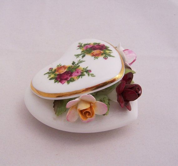 Royal Albert Old Country Roses Capiodamonte by thesecretcupboard, $24.00
