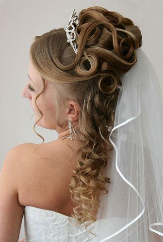 magnifique coiffure de mariée