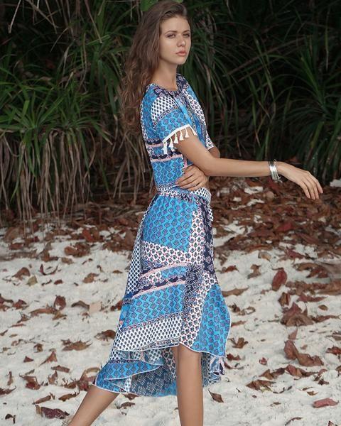 d64419076aeb2 Short-sleeve Tassel V-neck Two-piece Beachwear Short-sleeve Tassel V ...