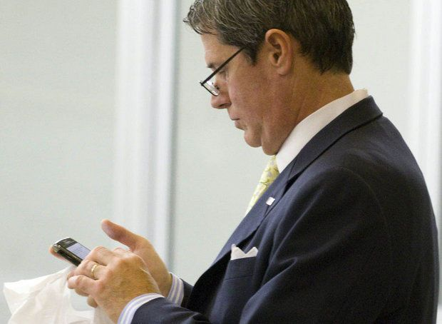 Vitter's amendment to deny right of citizenship to some babies born in U.S. is contentious