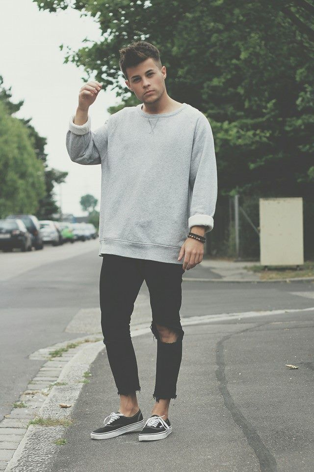 Ripped Jeans and Oversized Sweat. | Urban Street Style for Men. Check out the latest fashion trends 2015
