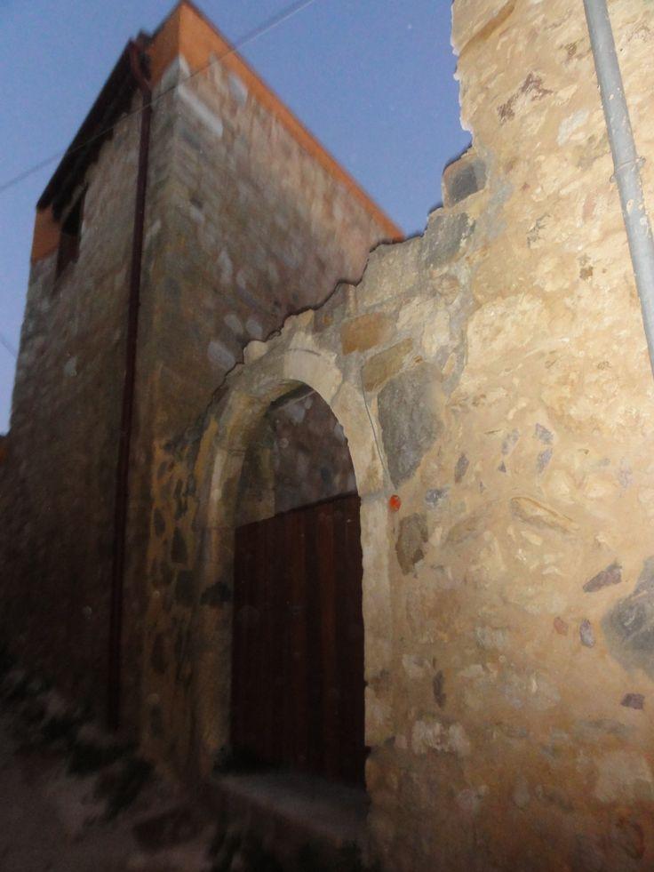 stone buildings in maroulas village