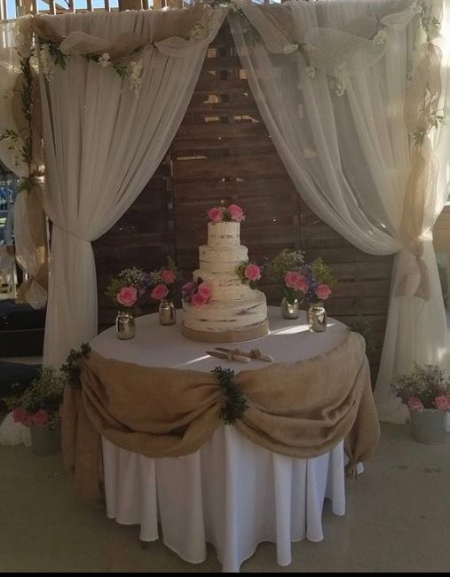 pictures of rustic wedding cake tables rustic wedding cake table stained pallets screwed 18430