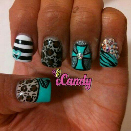 im in love with these nails!!! im going to see if they can ...