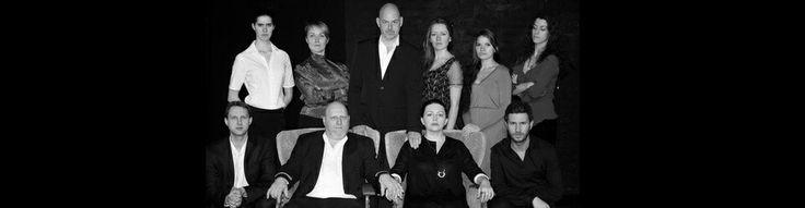 """nö-theater / TAK / Orangerie -Theater präsentieren """"Das haus der Wassa Schelesnowa"""" von Maxim Gorki  #einsam #aufopferungsvoll #kompromisslos #bröckelt #Kindesmissbrauch #angeklagt #säuft #Sterben #unfähig #Hoffnung #Enkel... """"Wenn das #Haus fertig ist, kommt der #Tod."""" - türkisches Sprichwort  Schauspiel: Matthias van den Berg, Paula Donner, Felix Höfner, Irina Miller, Mona Mucke, Asta Nechajute, Janosch Roloff, Jule Schacht, Lucia Schulz, Philipp Sebastian  Regie: Irina Miller, Janosch…"""