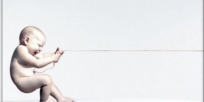 Bébé, quand couper le cordon ombilical