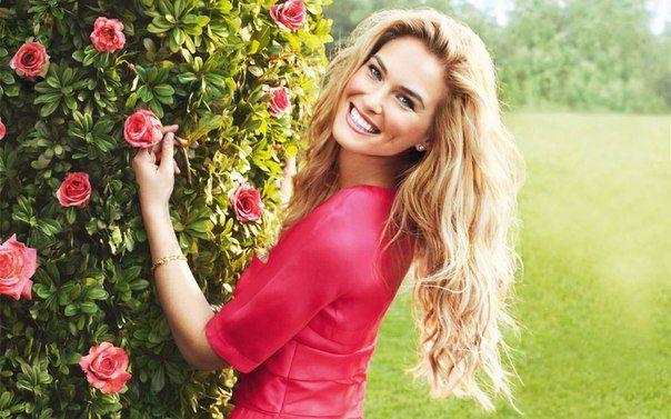 Прекраснее Весны бывают только счастливые женщины...:)