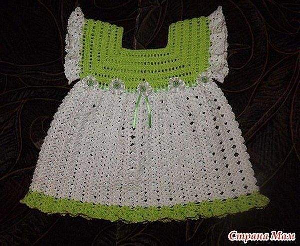 Crochet Baby Robe Pattern : 30 Best images about robes au crochet bebe on Pinterest ...