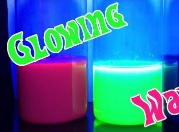 Glowing Oil & Water Experiment |
