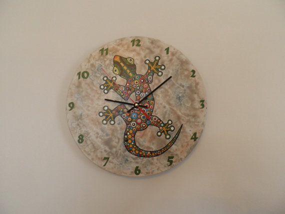 Gecko clock, nurcery clock  vintage background animal clock, hand painted marble background, handmade clock, gift for girl or boy, clock