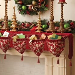 mantel runner with pockets