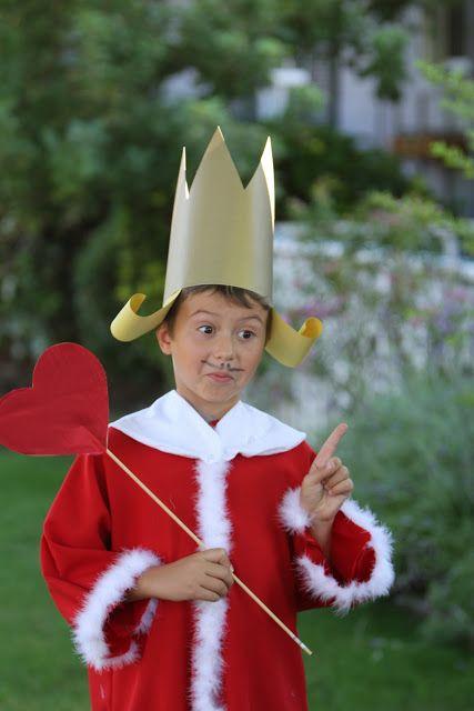 alice in wonderland kind costume