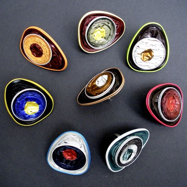 17 best images about diy reuse nespresso caps on pinterest bracelets bijoux and coffee. Black Bedroom Furniture Sets. Home Design Ideas