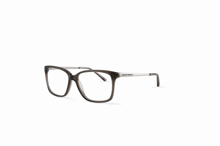 With a lower placed bridge, this frame suits a wide variety of faces. Plus, the cloudy grey and soft silver colouring is flattering to all complexions. Also available in Tortoiseshell. #Seafearer shop here: http://www.specsavers.co.nz/glasses/cdinnigan-19?sku=25665925