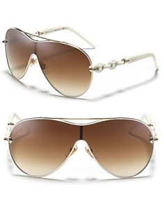 I have the other gucci link sunglasses 2775 and 2772 I love the look.  So now I would love to present myself with these.  As i heard someone say they look like new money!