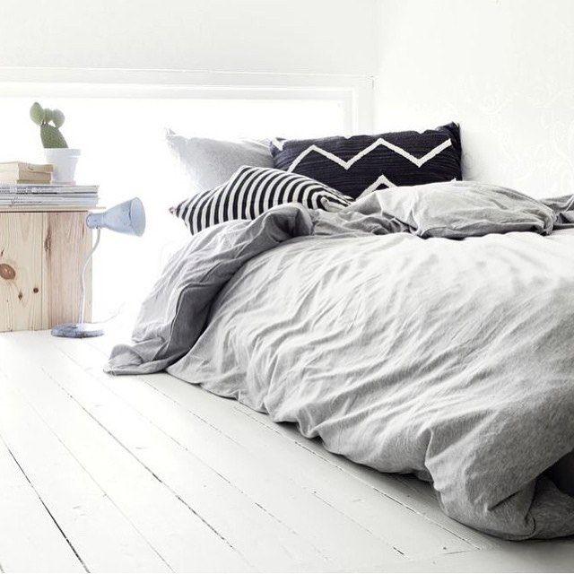 Bedroom Tv Ideas Bedroom Design Ideas White Bedroom Ceiling Lights B Q Tiffany Blue Bedroom Ideas: Best 25+ Comfy Bed Ideas On Pinterest
