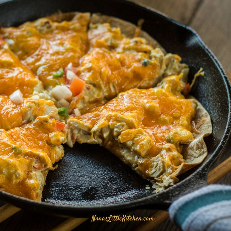 Low Carb Chicken Enchilada Skillet is a cheesy, creamy, green salsa, chicken enchilada skillet pie that is also on plan as a S for Trim Healthy Mama.