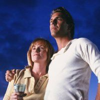 Kevin Costner and Amy Madigan in Field of Dreams (1989)