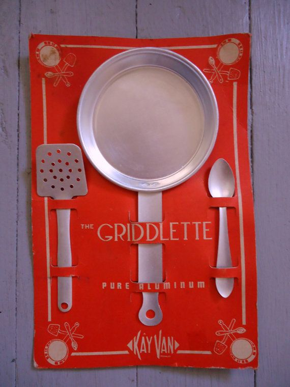 Vintage Children's Kitchen Set  The Griddlette by Catsandclover