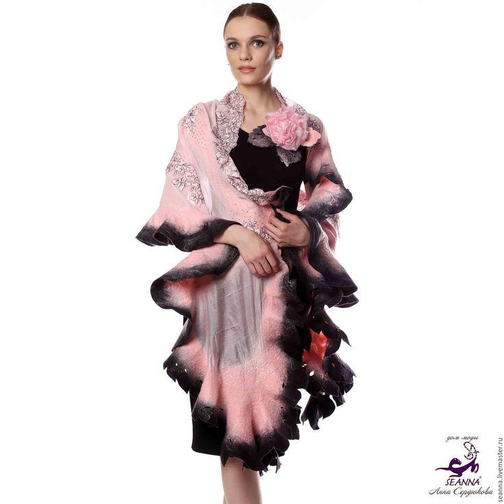 Купить Роскошный палантин ручной работы Розовые Грезы из французского кружева - палантин, палантин валяный