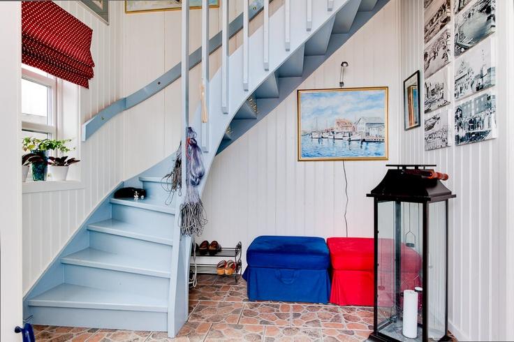 Les 85 meilleures images propos de escalier sur for Tapisserie montee escalier