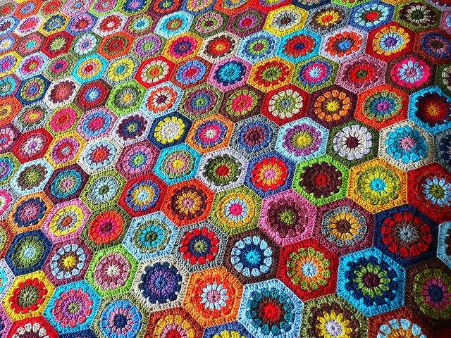 Crochet Hexagons: Crochet Blankets, Crochet Afghans, Bright Color, Crochet Hexagons, Crochet Rugs, Granny Squares, Crochet Crafts, Crochet Patterns, Photo