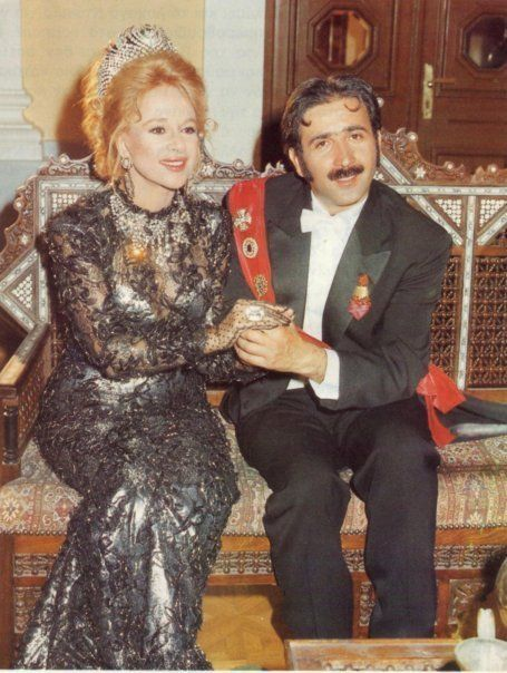 Aliki Vougiouklaki : the brightest star! list