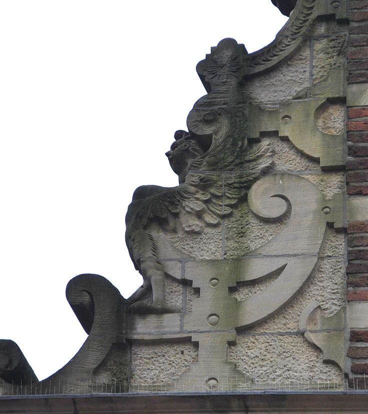 Здесь еще фотографии, в том числе старые http://commons.wikimedia.org/wiki/Catego ry:Goudkantoor_(Groningen)?uselang=nl