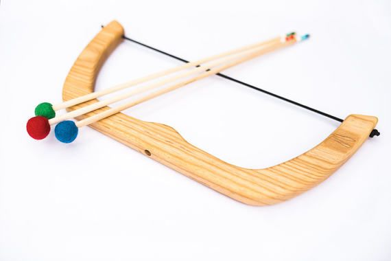 Large Wooden Bow and Arrows Set