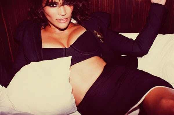 Paula Patton near-nude photos, collecting pictures together of one of entertainment's hottest women.Paula Patton is an American actresss an American actress who is known for her appearances in the filmsHitch,Idlewild,Precious,Just Wright,Jumping the Broom, ...