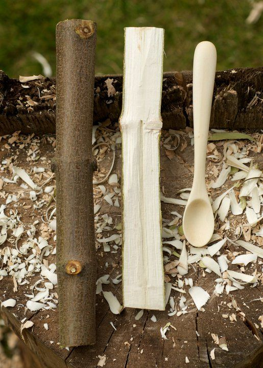 Nice simple spoon, pic shows how easy it is to just take a piece of branch and make a spoon... more on www.bushcraftuk.com