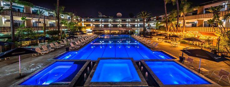 Disfruta de la comodidad y tranquilidad en San Nicolas Hotel & Casino el lugar de tu próximo descanso en #Ensenada #MiAlmaGemela Conoce más visitando: www.bit.ly/SanNicolasHotelyCasino #BajaCalifornia #DiscoverBaja #DescubreBaja #EnjoyBaja #DisfrutaBC #Bc #Baja #SanNicolas #Hotel #Trivago #México #Mx #BajaMexico #Casino