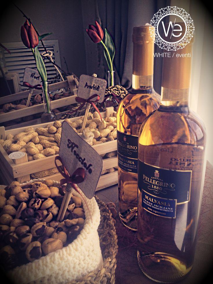 Ritorno alla tradizione, ai sapori della festa di un tempo, alla celebrazione delle nozze festeggiata a suon di musiche popolari cin cin di Malvasia e frutta secca... I Love my Sicily