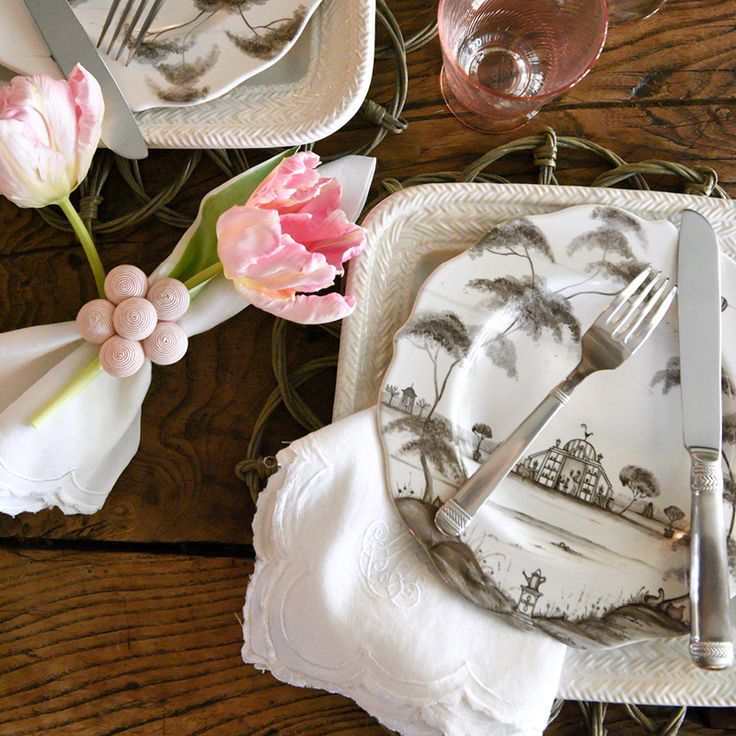 Underpin layers of Country Estate and Le Panier for a country chic aesthetic. Add a hint of blush for a feminine touch!