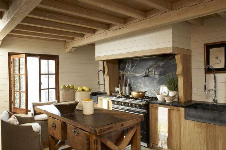 Cucine stile country - Cucina country, finestra di legno