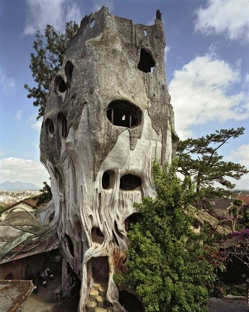 Built in 1990, Hang Nga Guesthouse and Gallery in Dalat, Vietnam is better known as The Crazy House and it's not hard to see why. The base of the guesthouse was built to resemble a giant tree. (****See Pins with different views in Enchanted Dwellings II board and this board.)