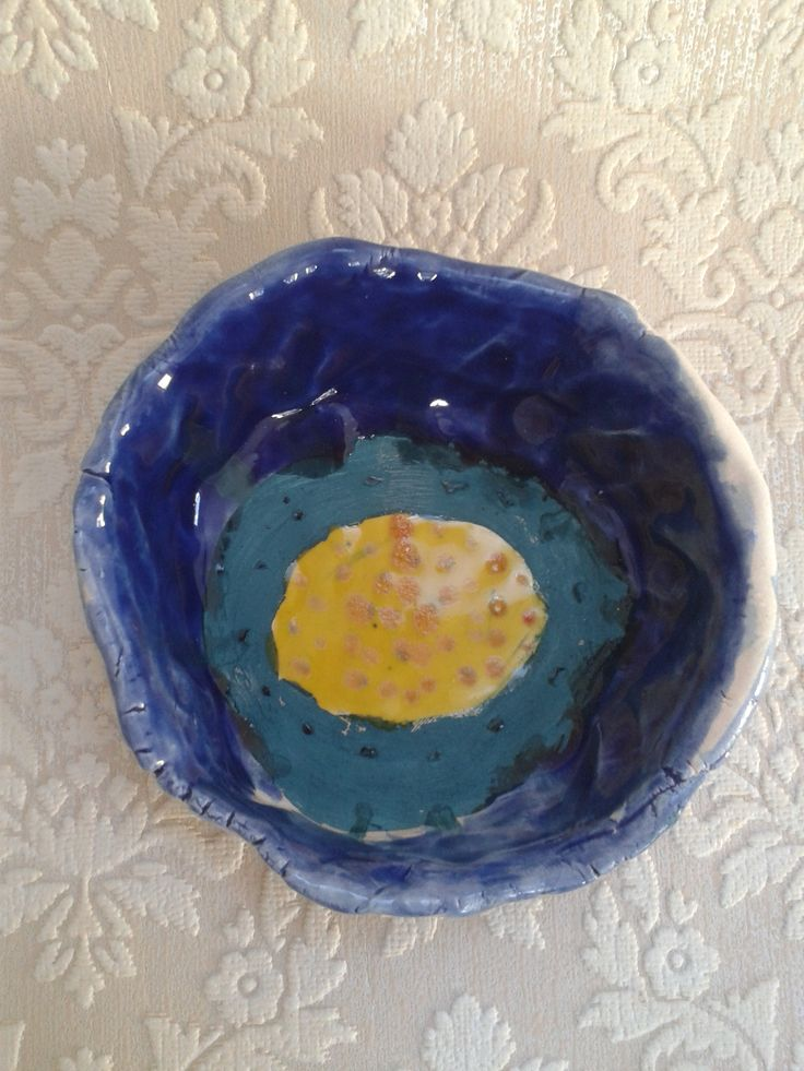 beautiful bowl made by Aoibhinn - love the contrasting colours!