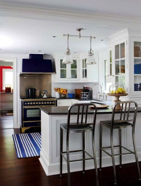 New England Home: Fantastic cottage kitchen with kitchen peninsula, industrial counter stools, white ...