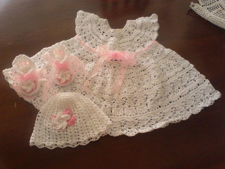 vestido para bebé  en crochet de 3 a 6 meses