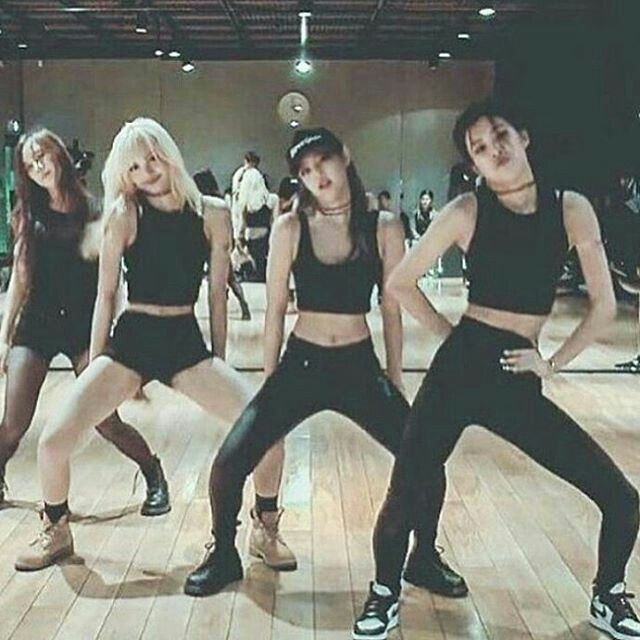 Black Pink Pre Debut Dancing Practice