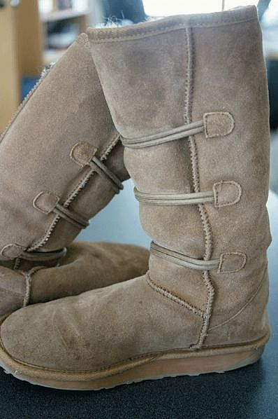 How to Clean Emu Boots