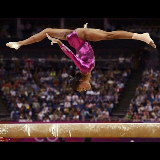 Artistic gymnastics gabby douglas