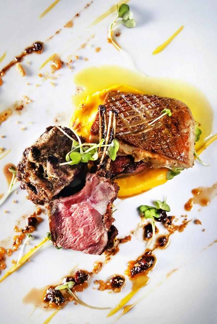 Carré d'agneau et foie gras poêlé